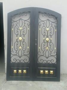 Iron Double Doors 10205