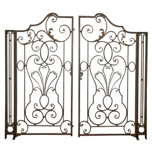 classic wrought iron gates Calabasas, Woodland Hills, Agoura Hills, North Hills, San Fernando Valley