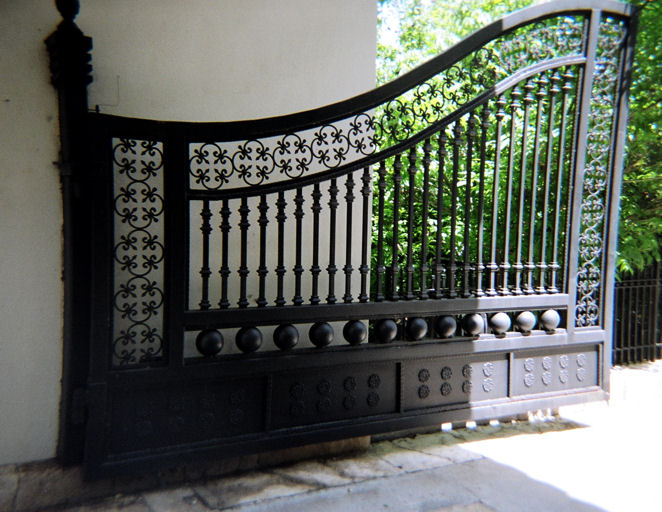 Factory Direct Custom Wrought Iron Gates