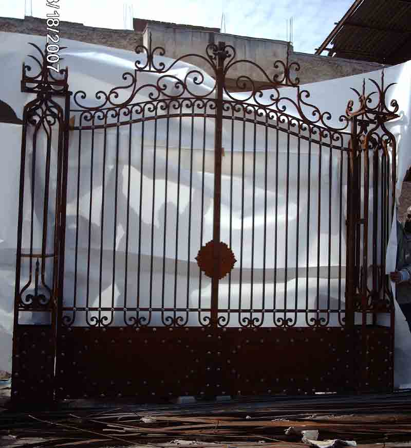 Iron Security Gates Los Angeles San Fernando Valley Malibu Calabasas Beverly Hills Clic Wrought