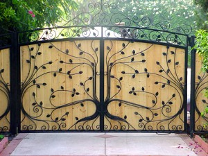 custom gates los angeles, wrought iron gates malibu pacific palisades brentwood beverly hills north hollywood northridge